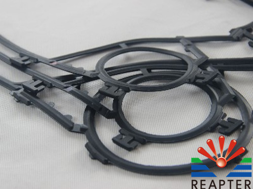 Effect of vulcanization pressure on tear strength and compression set of sealing gasket for plate heat exchanger