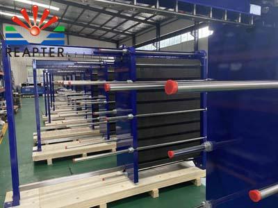 The methods of plate heat exchanger anti-freezing